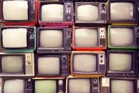 Установка, подключение и настройка телевизора (50″ — 65″)